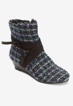 The Kimora Bootie By Comfortview,
